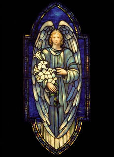 0000178 archangel-gabriel-with-lillies-tiffany-2146AX 600.jpeg